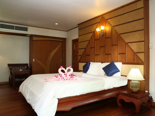 koh-chang-paradise-resort-deluxe-room