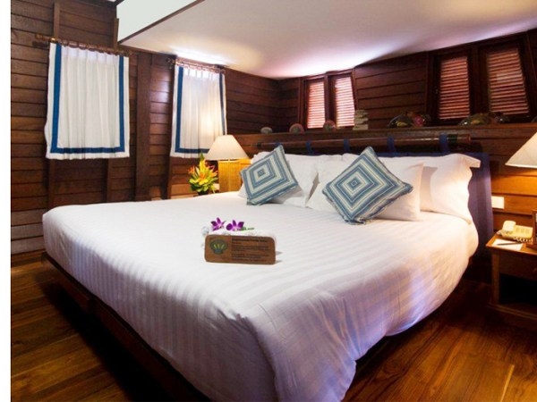koh-samui-boat-house-suite-room